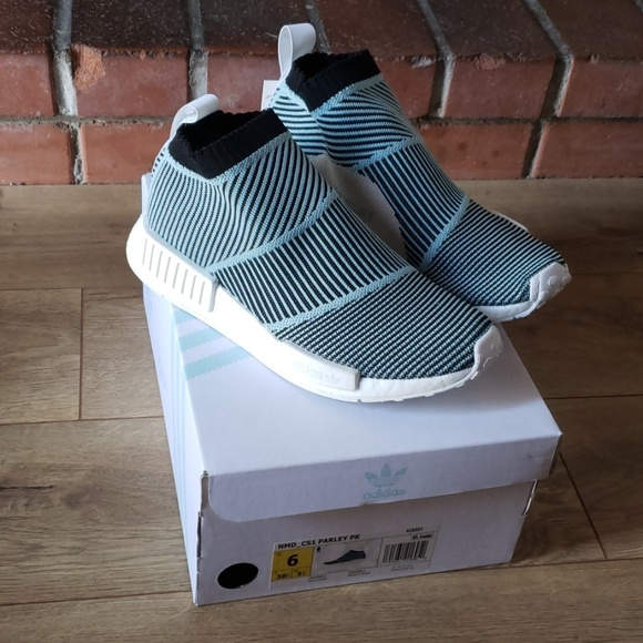 453dfccc069bf Men s Adidas NMD CS1 PARLEY PK SIZE 6